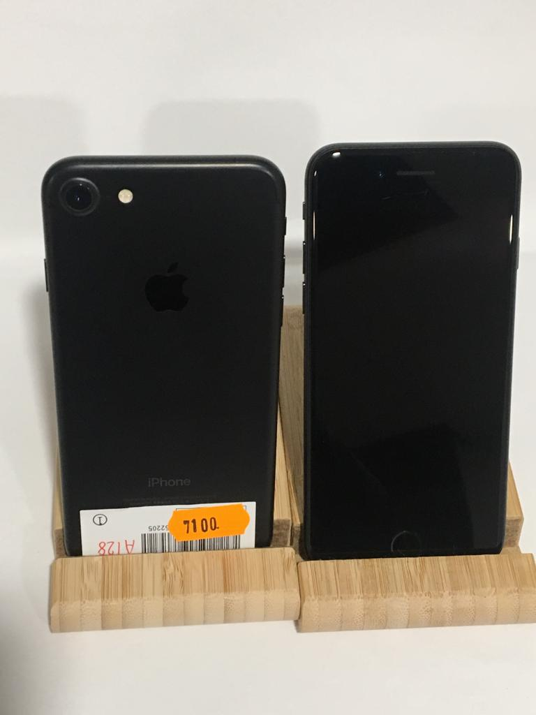 APPLE iPhone 7 128GB NOIR / occasion  (7100)